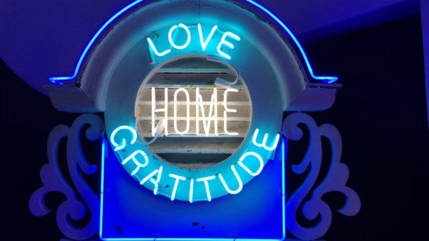 ROD LATHIM LOVE HOME LIGHTER
