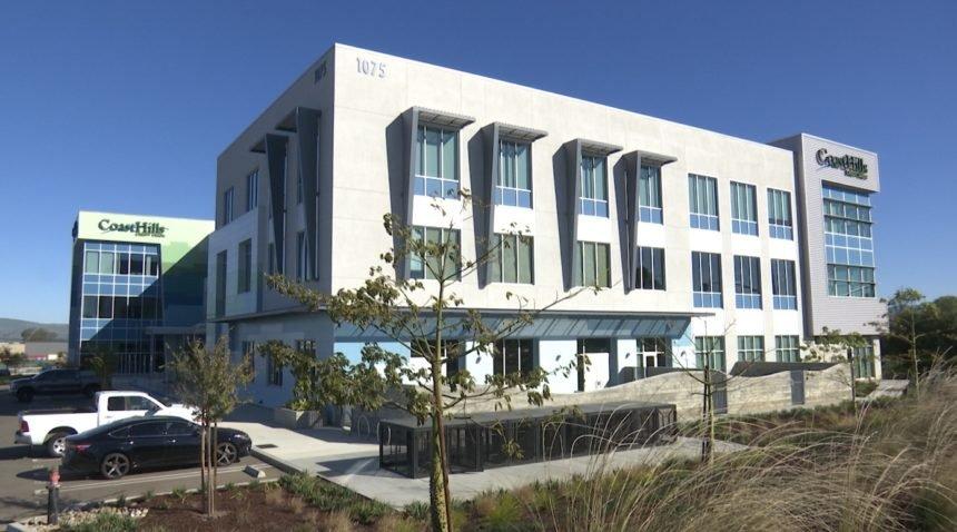 CoastHills Buildings Opens