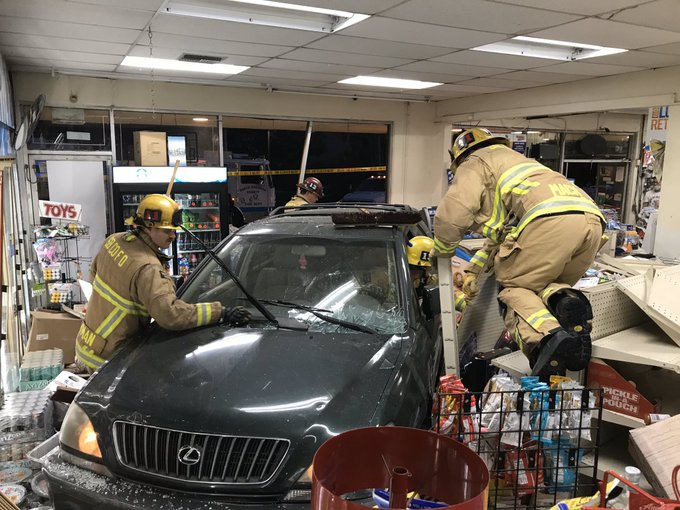 liquor store crash 1