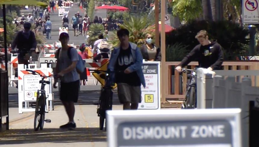 Bike Rider dismount