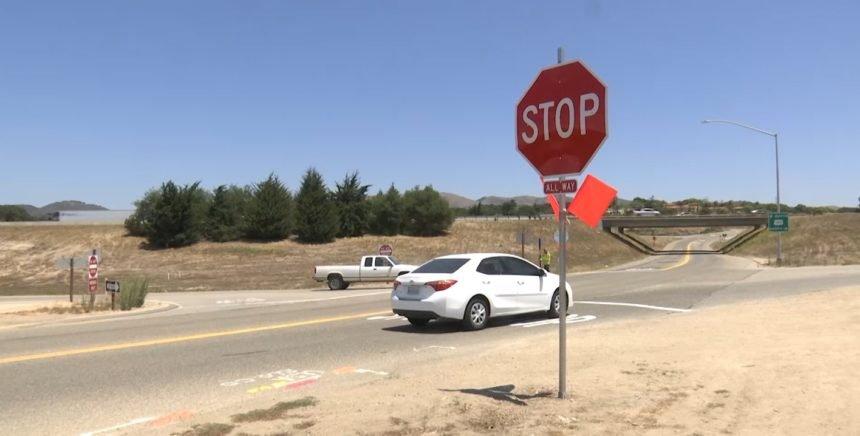 Los Berros Stop Signs