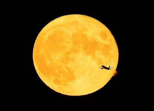 A rare blue moon will light up the sky on Halloween - NewsChannel 3-12 - KEYT