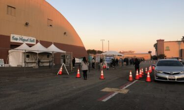 Hundres of people show up to get tested at Ventura County Fairgrounds