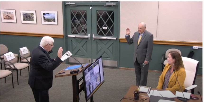 SOLVANG COUNCILMAN SWORN IN