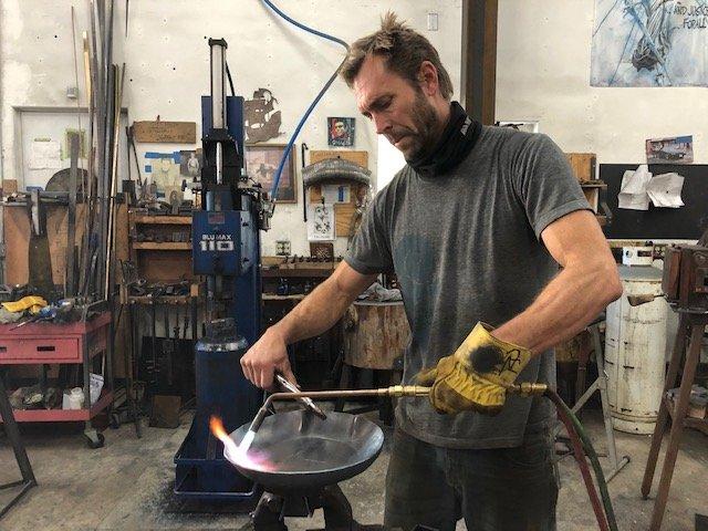 Santa Barbara metal artisan weighs in on mysteries of metal monoliths | NewsChannel 3-12