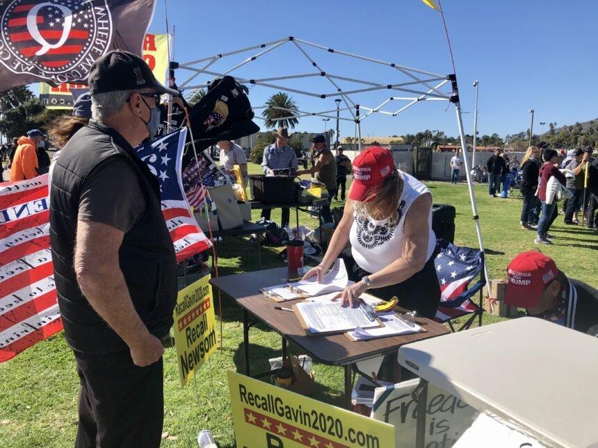 Recall rally in Ventura