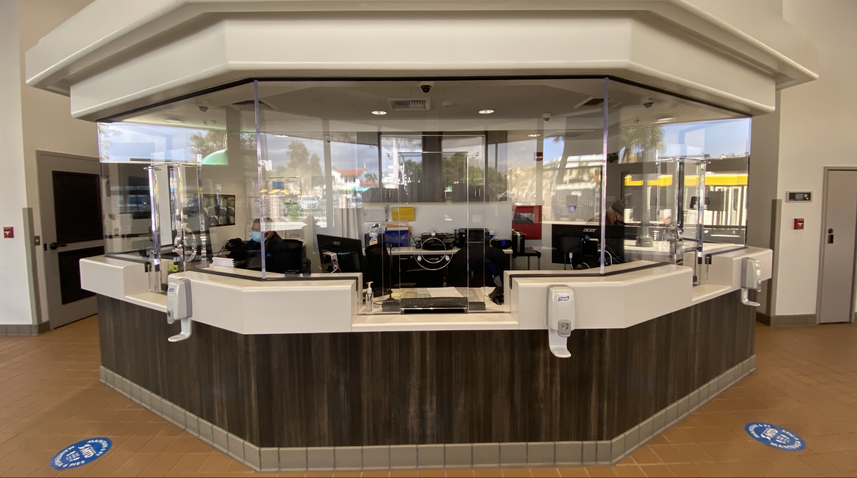 The new MTD transit center in Santa Barbara has now opened. (Photo: John Palminteri)
