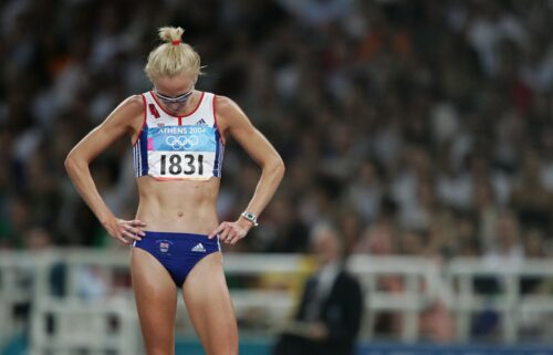 Paula Radcliffe looks dejected after she pulled out of the women's 10