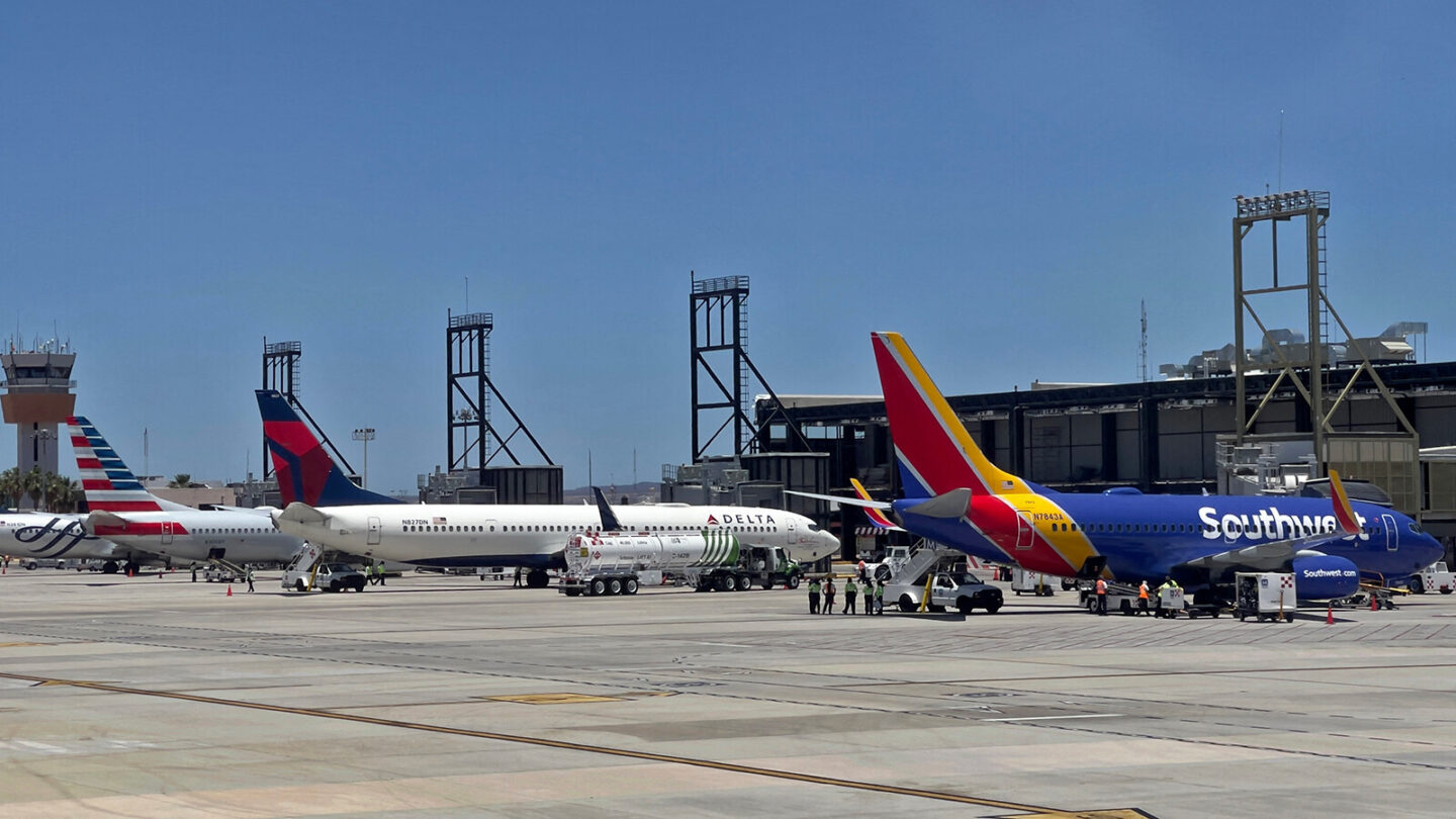 <i>Daniel Slim/AFP/Getty Images</i><br/>The CEOs of Southwest Airlines